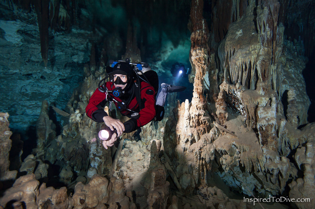 Cave diving in Cenote Jailhouse in Sistema Ox Bel Ha in Mexico